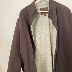NWOT Long sleeve man sweatshirt zip up